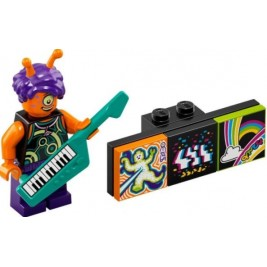 Alien Keytarist